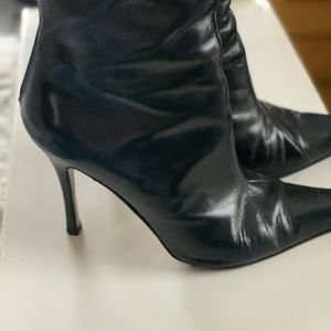 Charles David black pointy leather boots
